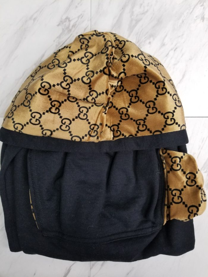 Hoodie Pull Over Black On Gold GG